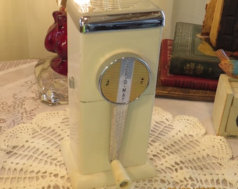 1950s Rival Ice-O-Mat, Vintage Barware, Hand Turned Ice Crusher, Two Settings, Wall Mountable, White