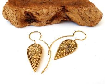 Tribal Brass Hook Earrings, Tribal Fusion, Gypsy Earrings, Hippie Earrings, Ethnic Earrings, Yoga Jewelry, Triangle earrings, Gift For Women