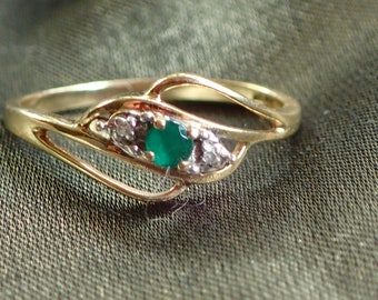 9 Carat Yellow Gold Vintage Emerald and Diamond Ring In Very Dainty & Feminine Design Aust Size N = 6-3/4 US