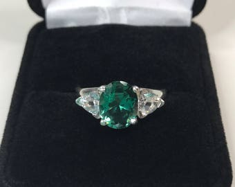 BEAUTIFUL 4.5ctw Oval Cut Green Amethyst Prasiolite Quartz & Trillion White Sapphire Sterling Silver Ring 6 7 8 9 10 Trending Jewelry Gift