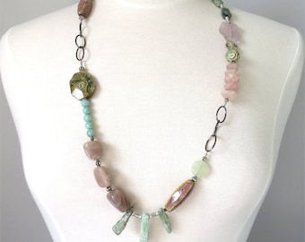 Long necklace pink and green stones and beads