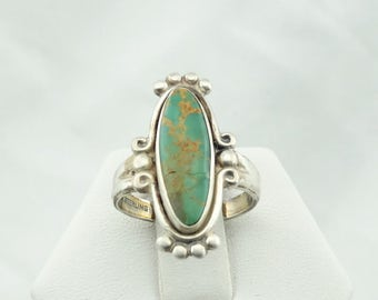 Lovely Green Turquoise Cabochon in a Vintage Sterling Silver Ring #GREEN-SR2