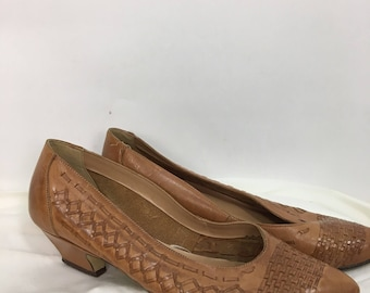 80s tan leather shoes/vintage leather heels