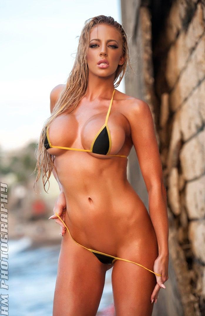 string g Babe thong bikini