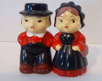 Amish Dutch Salt and Pepper Shakers