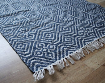 SALE - Reversible Kilim Rug - Indoor or Outdoor Kilim Rug made from 100% recycled plastic bottles - 150cm x 90cm