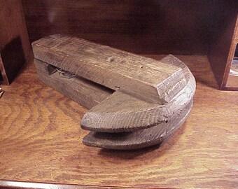 Vintage Wooden Handmade Circular Saw Blade Sharpening Clamp Vise, Old Wood Lumberjack, Lumber Industry, Old