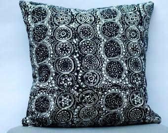 Handmade Marimekko Pillow Cover, Black and white, Double-sided, Patterns: Kivet and Praliini, Upholstery weight pillow