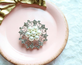 Large Rhinestone Pearl  Brooch Silver Base with Pin M56-Brooch Bouquet/Wedding Jewelry/Bridal Brooch/Wedding Accessories/Wedding Cake Brooch