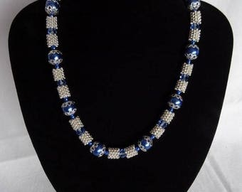 Blue/silver necklace with magnetic clasp, UK shop