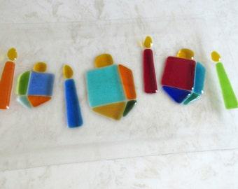 Dreidel Plate, Hanukkah Glass Plate, Colorful Glass Dreidels and Candles, Hanukkah Fused Glass Platter, Hanukkah Gift, Hanukkah Serving Dish