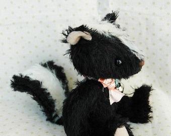 OOAK artist bear Stinky le skunk e-pattern by Jenny Lee of jennylovesbenny bears PDF
