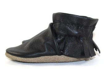 Soft Sole, Eco Friendly, Black Leather Baby Shoes, Moccs, Moccasins, 0 to 6 Month