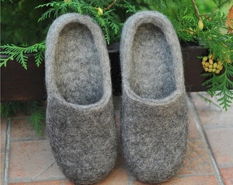 Summer Sale Eco friendly grey felted slippers - Felted slippers - Men home shoes - Grey slippers - Natural Men slippers - Men winter shoes