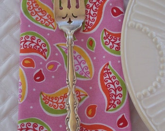 Luncheon Napkins - Set of 4 - Modern Pink Leaves Brunch Lunchbox Cloth Fabric