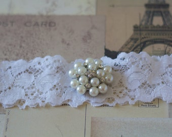 POLLY: White Lace Wedding Garter. Fairytale Winter Garter
