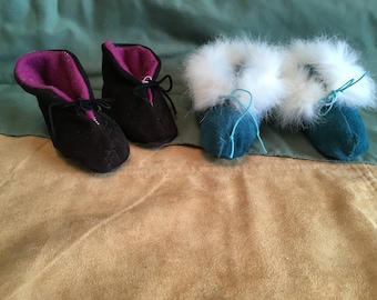 small mocs/baby slippers.lite weight leather and with less fur trim