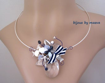 Costume jewelry necklace pearl and blue and white striped knot