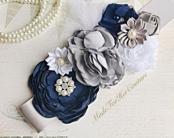 Navy flower sash, navy white flower wedding belt Sash, bridal sash, Bridal Belt, Neutral Maternity Sash, Navy white gray maternity sash