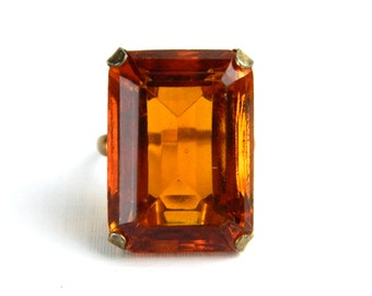 Vintage Art Deco Gold Emerald Step Cut Topaz Solitaire Ring - 25 Carats Cut Glass - November Birthstone - Solitaire - Size 7