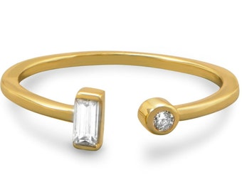 Baguette ring size 6 / Baguette and round cubic zirconia ring