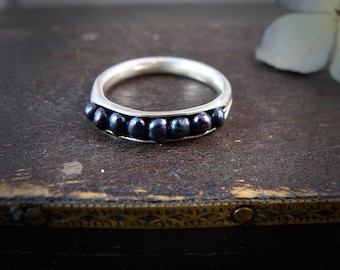 bad seed … black pearl stack ring