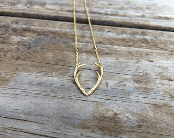 Gold Antler Necklace, Horn Charm Necklace, Deer Necklace, Minimalist Necklace, Gift for her, 18k Gold Plated