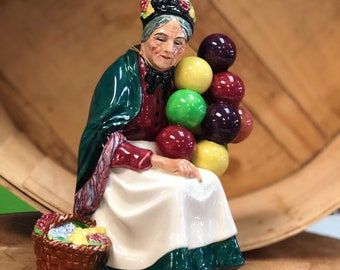 """Royal Doulton England """"The Old Balloon Seller"""", Hand Painted"""