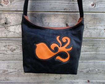 """Eco-friendly black and camel leather bag. """"Bird"""" pattern"""