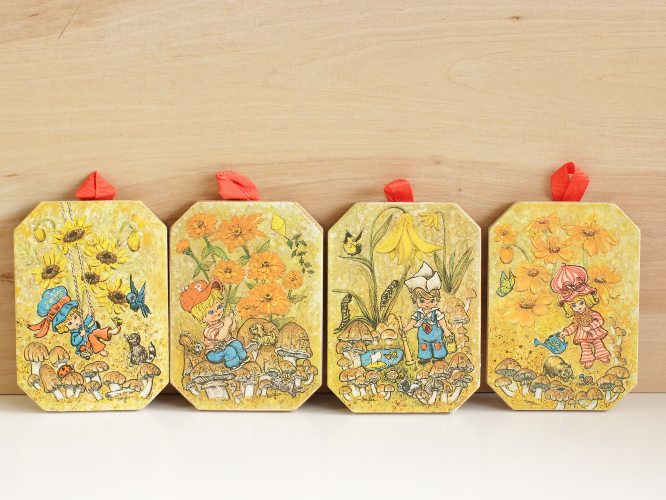 Vintage 70s Tomy Lee Character Coaster / Trivet / Wall Decor