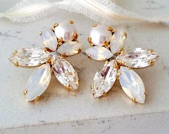 White opal earrings,Pearl earrings,Bridal earrings,white opal earrings,gold earrings,Swarovski earrings,Wedding earrings,Crystal Earrings