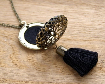 Elegant black and gold tassel necklace, Essential oil diffuser locket pendant, Dangle filegree aromatherapy charm, Eclectic Dream Catcher