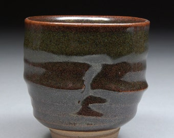 Handmade Stoneware Yunomi Tea Cup glazed with Tea Dust Tenmoku Classic Black and Brown