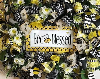 "SUMMER WREATH ""Bee Blessed"""