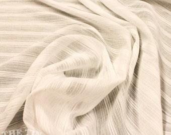 Crinkle Gauze / White Cotton / 2 1/2 Yard / Fabric by Yard / White Fabric / Apparel Fabric / White Gauze / Garment Fabric / Striped Gauze