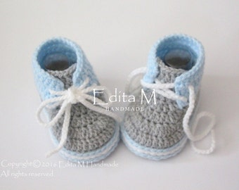 Crochet baby booties, baby shoes, boots, baby boy sneakers, gray, grey, white, blue, baby boy shoes, 6-9 months, gift idea, gift for baby