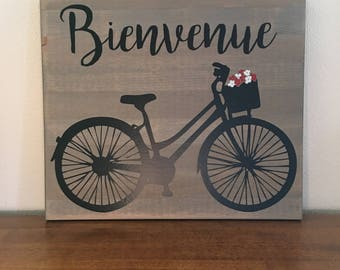 Bienvenue (Welcome in French)