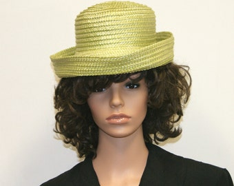 """Vintage 1960's Mint Green Straw Hat Union Tag - Size 6 3/4 - 21 1/2"""""""