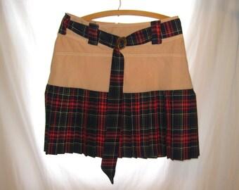 Handmade custom made plaid school girl skirt, size 4 school girl costume skirt, school girl plaid skirt, schoolgirl costume plaid mini skirt