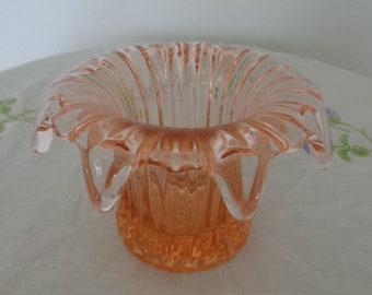 Vintage Pink Glass Posy Vase Bagley Sewerby Davidson