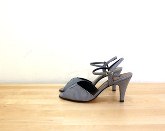 Vintage Faux Snakeskin Pumps / Grey Heels / Ankle Strap Pumps / Slingback Heels / Open Toe Shoes / Stiletto Heels / Bow Heels US 9.5