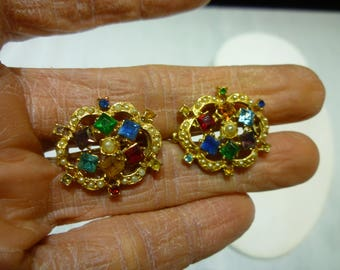 L6 Vintage Multi-Color Rhinestone Pin Set.