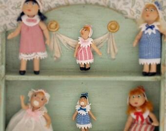 Mini Doll ,articulated. 1:12 scale. 18mm high