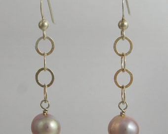 Mauve Pearl Drop Earrings