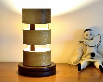 QUELITO Lamp in natural Ash and tinted Oak