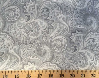 Gray & White Paisley Fabric By the Yard / Half Yard Grey Floral Fabric Grey Fabric 100% Cotton Quilting Apparel Fabric w8/12