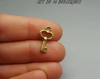 Set of 10 heart key charms gold gilt (S13)