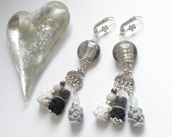 Gray and white Moroccan aakads and glass bead earrings