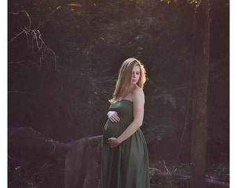 Open Front Jersey Maternity Gown / Photo prop