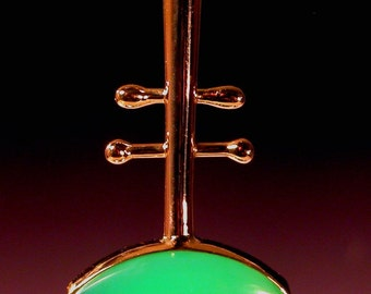 Chrysoprase Pendant in 18 karat gold
